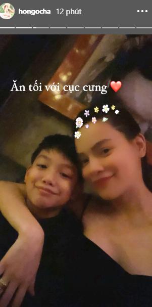 Chụp hình cùng con trai Subeo, nhưng nhan sắc thật hậu sinh con của Hồ Ngọc Hà mới gây chú ý - Ảnh 1.