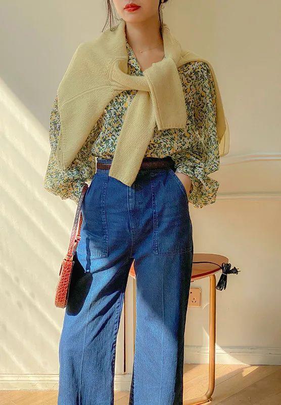 Nhìn hội gái Pháp ra ngay 3 cách diện áo cardigan mỏng xinh ngất mà cũng sành điệu ghê gớm - Ảnh 10.
