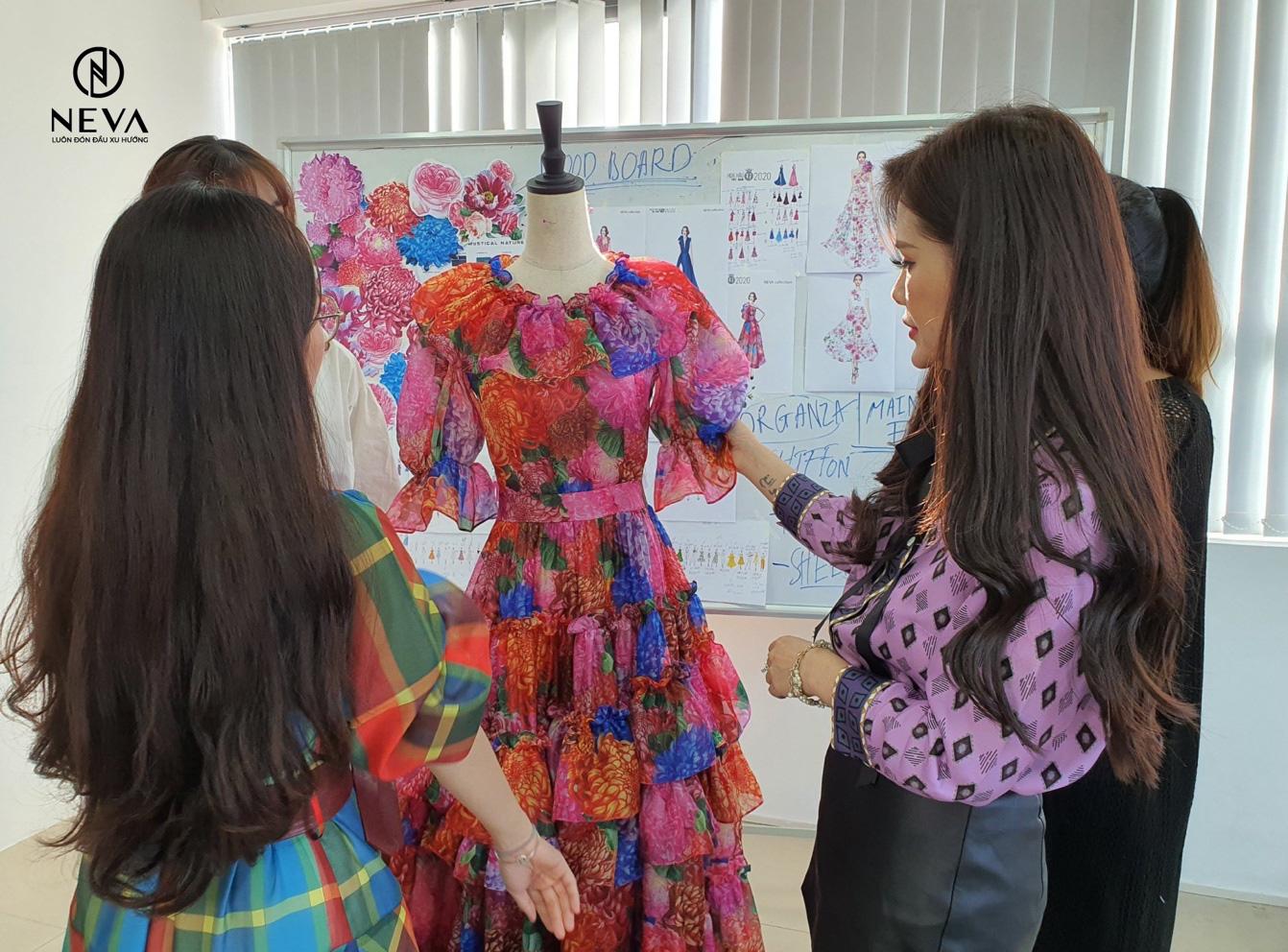 NEVA tự hào là nhà thiết kế thời trang hoa hậu việt nam 2020 - Ảnh 3.