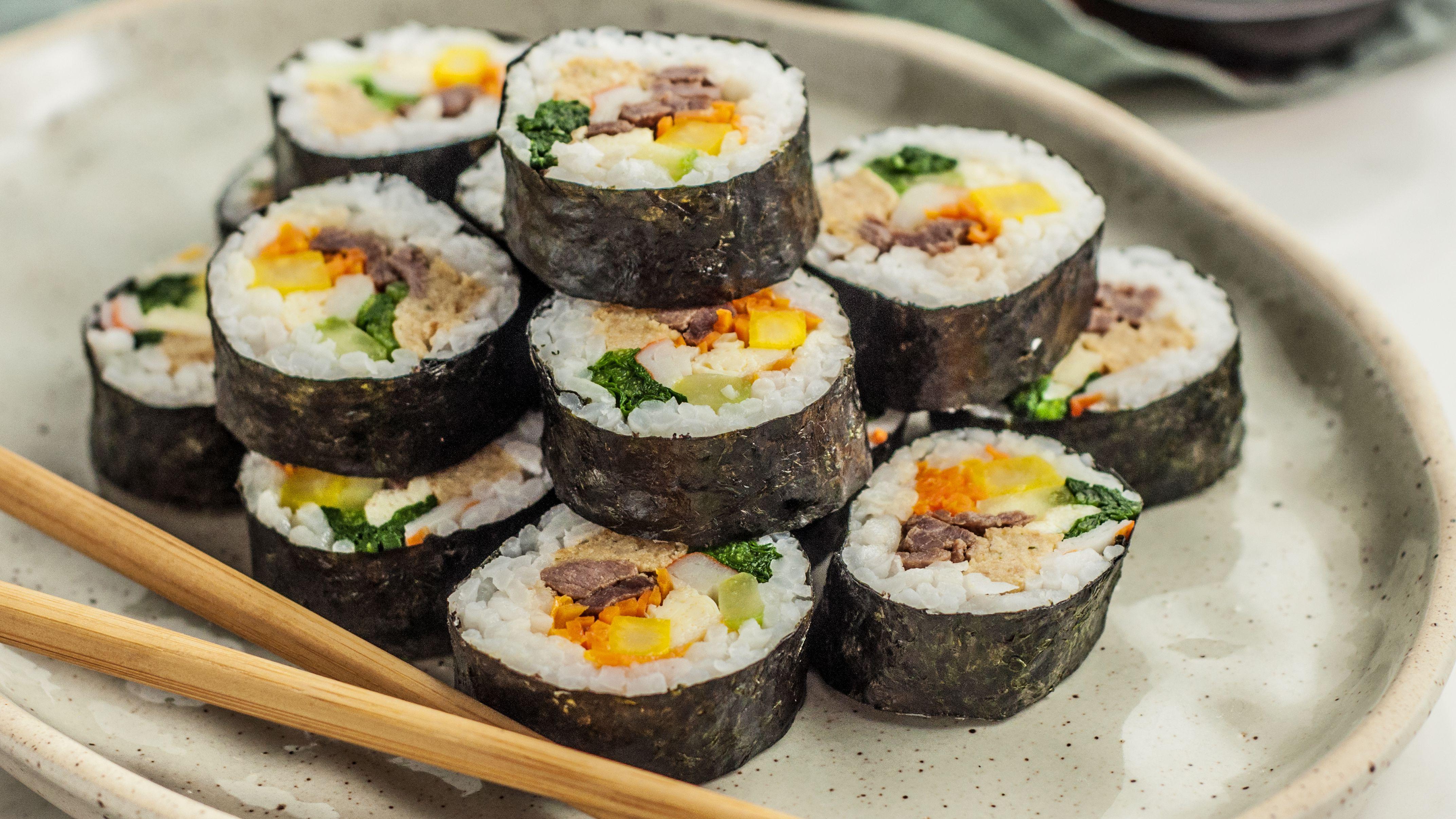 kimbap-korean-sushi-rolls-2118795-Hero-5b7dbdd346e0fb00250718b8.jpg