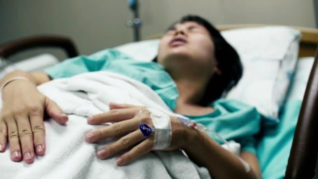 Vụ sản phụ tử vong bất thường ở BV Việt Pháp: Bác sĩ sản khoa chỉ rõ những đối tượng dễ bị băng huyết sau sinh, cần đặc biệt cảnh giác - Ảnh 1.
