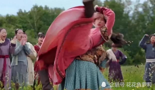 """""""Yến Vân Đài"""": Lộ sạn dùng diễn viên đóng thế cho Đường Yên, toàn cảnh bay lộn nguy hiểm cho bà bầu  - Ảnh 8."""