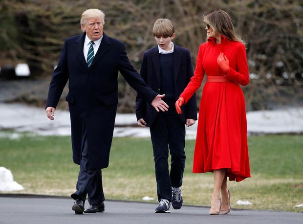 """Chỉ mới 14 tuổi nhưng cậu út nhà ông Donal Trump đã khiến ai cũng phải """"ngước nhìn"""" vì chiều cao nổi bần bật - Ảnh 3."""