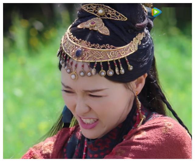 """""""Yến Vân Đài"""": Đường Yên bị diễn viên phụ đấm vào mặt, phản ứng đau đớn sau đó mới đáng nói  - Ảnh 7."""