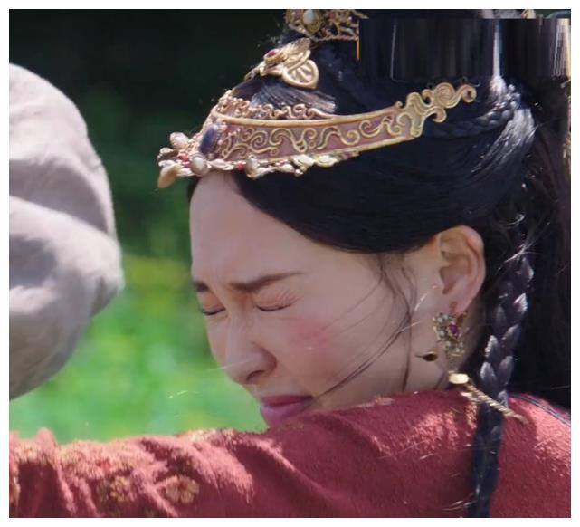 """""""Yến Vân Đài"""": Đường Yên bị diễn viên phụ đấm vào mặt, phản ứng đau đớn sau đó mới đáng nói  - Ảnh 8."""