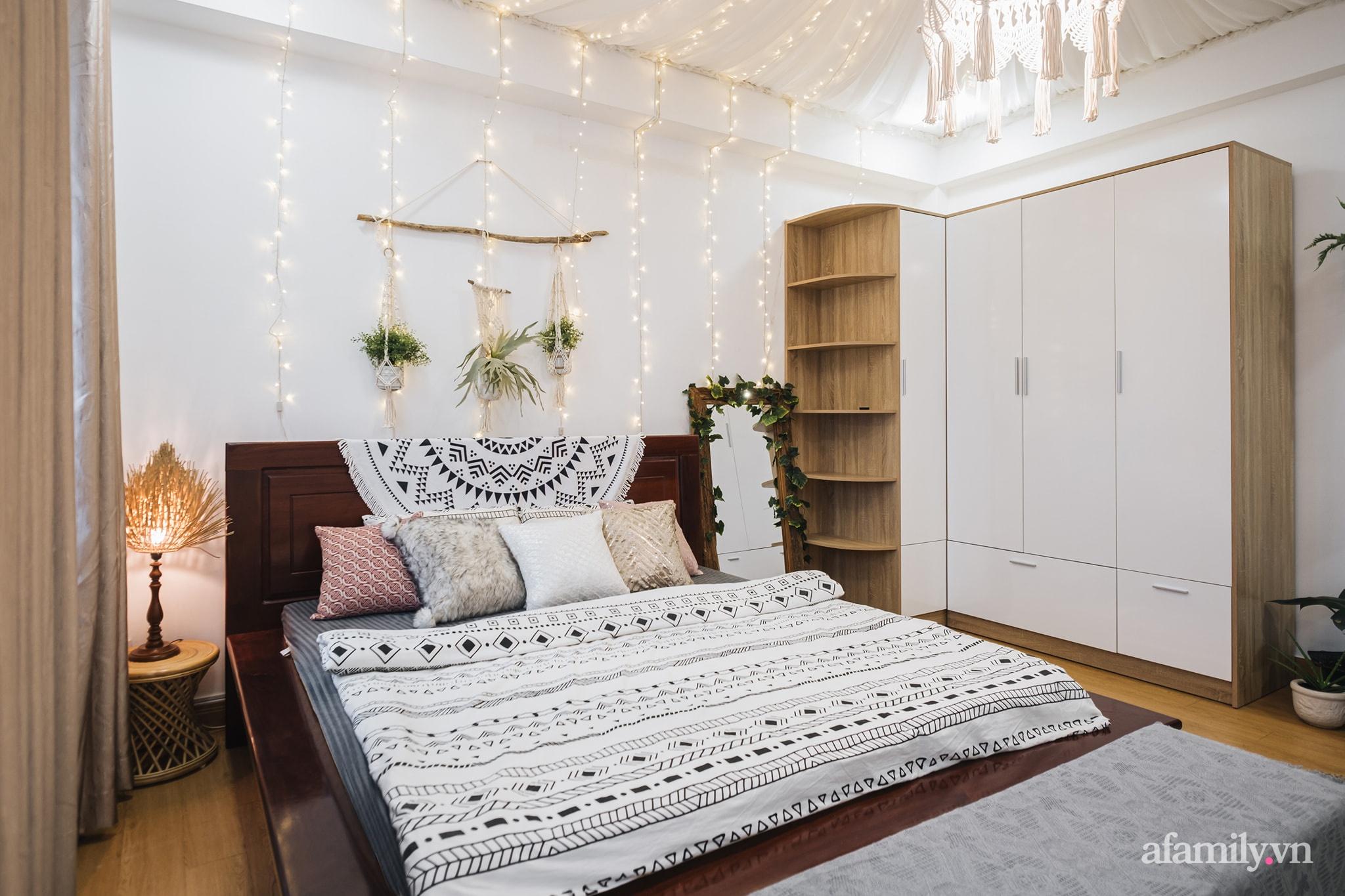 Cải tạo phòng ngủ cũ thành phòng tân hôn đẹp lãng mạn theo phong cách Boho với chi phí décor 50 triệu đồng ở Sài Gòn - Ảnh 3.