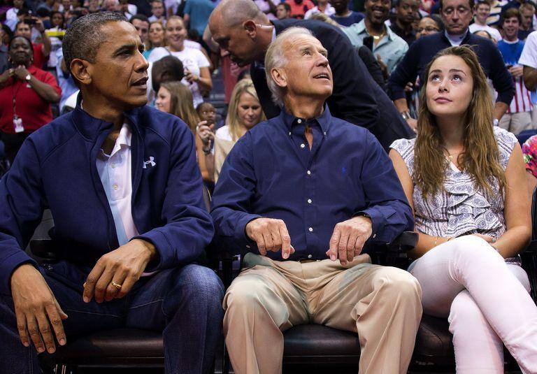 """Cháu gái ông Tân Tổng thống Mỹ Biden, bạn thân của gái út nhà Trump: U30 với body gợi cảm, style kín đáo khác hẳn với con cháu nhà """"trâm anh thế phiệt"""" - Ảnh 6."""