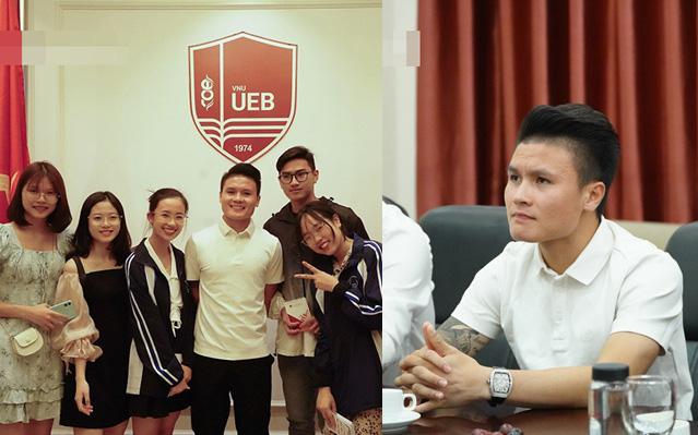 """Quang Hải bất ngờ trở thành tân sinh viên của trường Đại học Kinh Tế Hà Nội, dân mạng cà khịa: Tầm này lái """"Mẹc"""" đi học là hết ý!"""