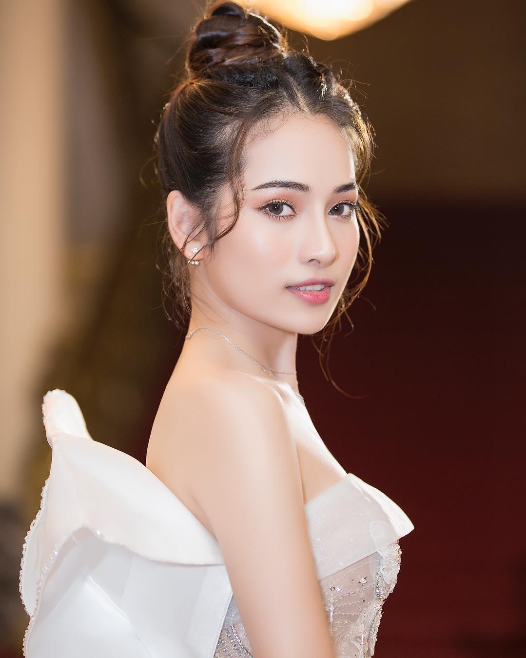 Để không phải hất tóc vào mặt người khác, Á hậu Linh Chi nên tham luôn và khảo ngay loạt style tóc đi dự sư kiện sang - xịn - mịn thế này - Ảnh 10.
