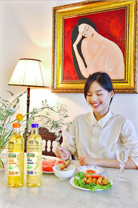 Bắt xu hướng ăn healthy chuẩn như Khánh Linh cùng bộ đôi dầu ăn 100% nguyên liệu tự nhiên Tường An Marvela - Ảnh 3.