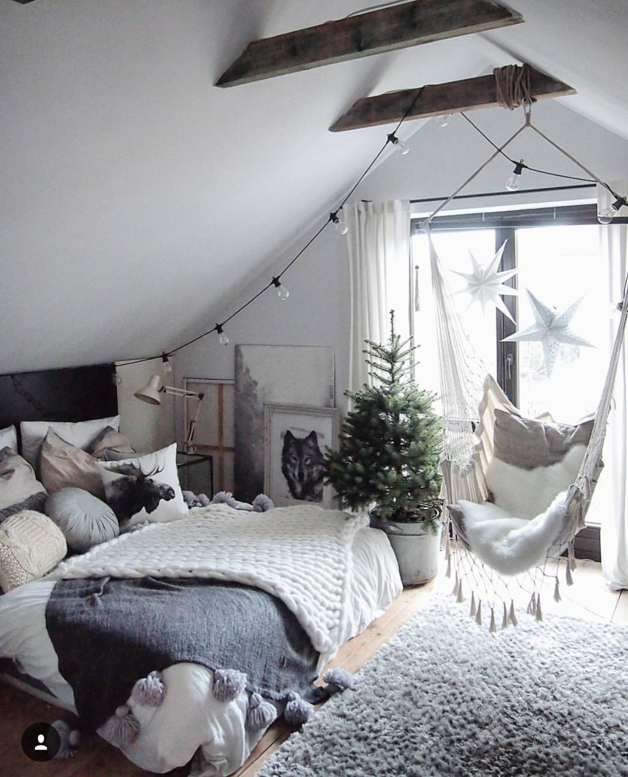 13 mẫu ghế cho phòng ngủ khiến bạn thậm chí còn yêu ghế hơn giường - Ảnh 13.