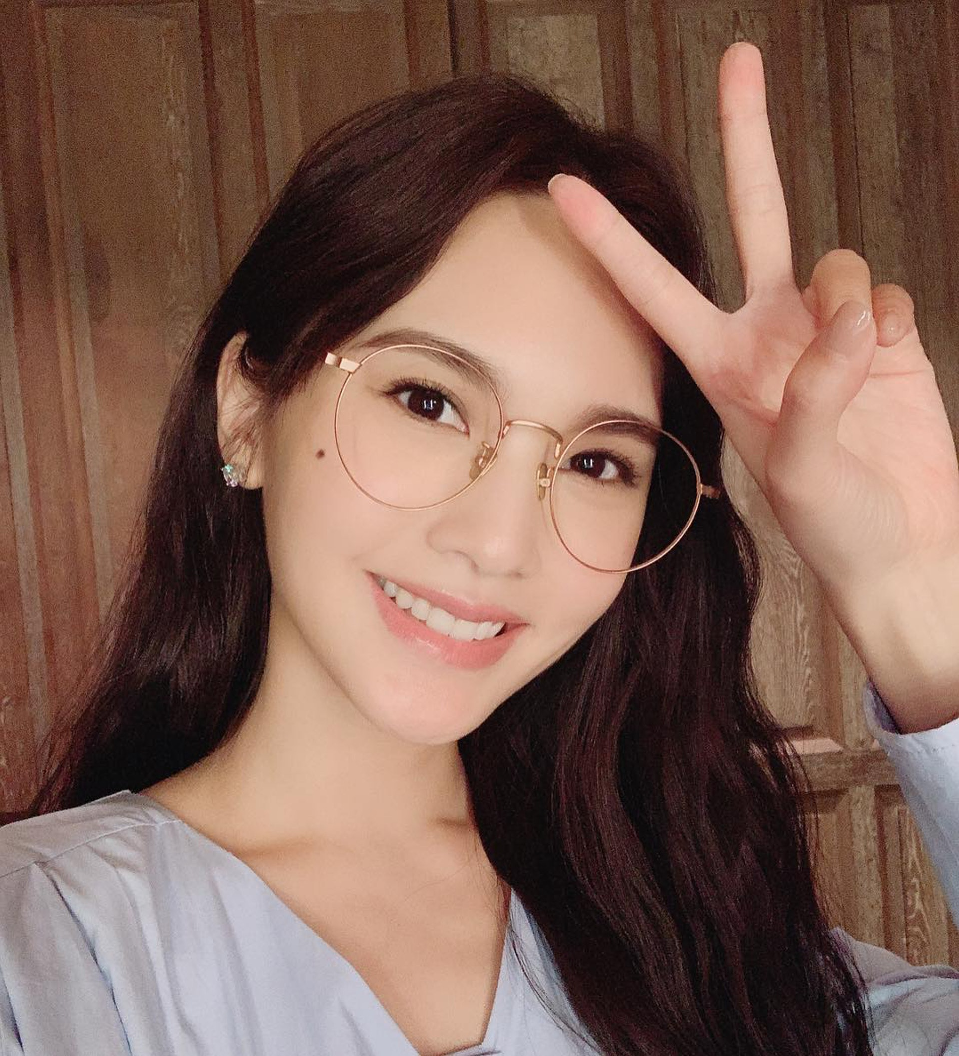 Dương Thừa Lâm đã U40 vẫn trẻ như gái đôi mươi chính nhờ 7 tips chăm da tuyệt mật ít người biết - Ảnh 1.