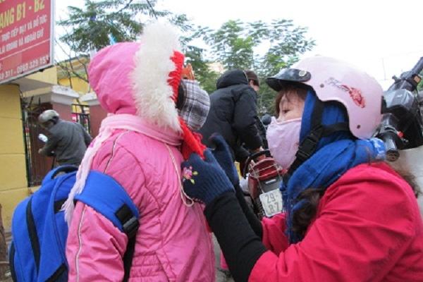 Sau Hà Nội, thêm một số tỉnh lùi thời gian học để tránh rét, có nơi đồng loạt cho học sinh nghỉ học - Ảnh 1.