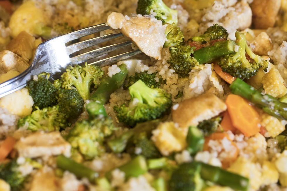 Top 10 loại thực phẩm dẫn đầu cuộc đua giảm cân tiêu mỡ: Toàn những loại ở chợ bán đầy - Ảnh 10.