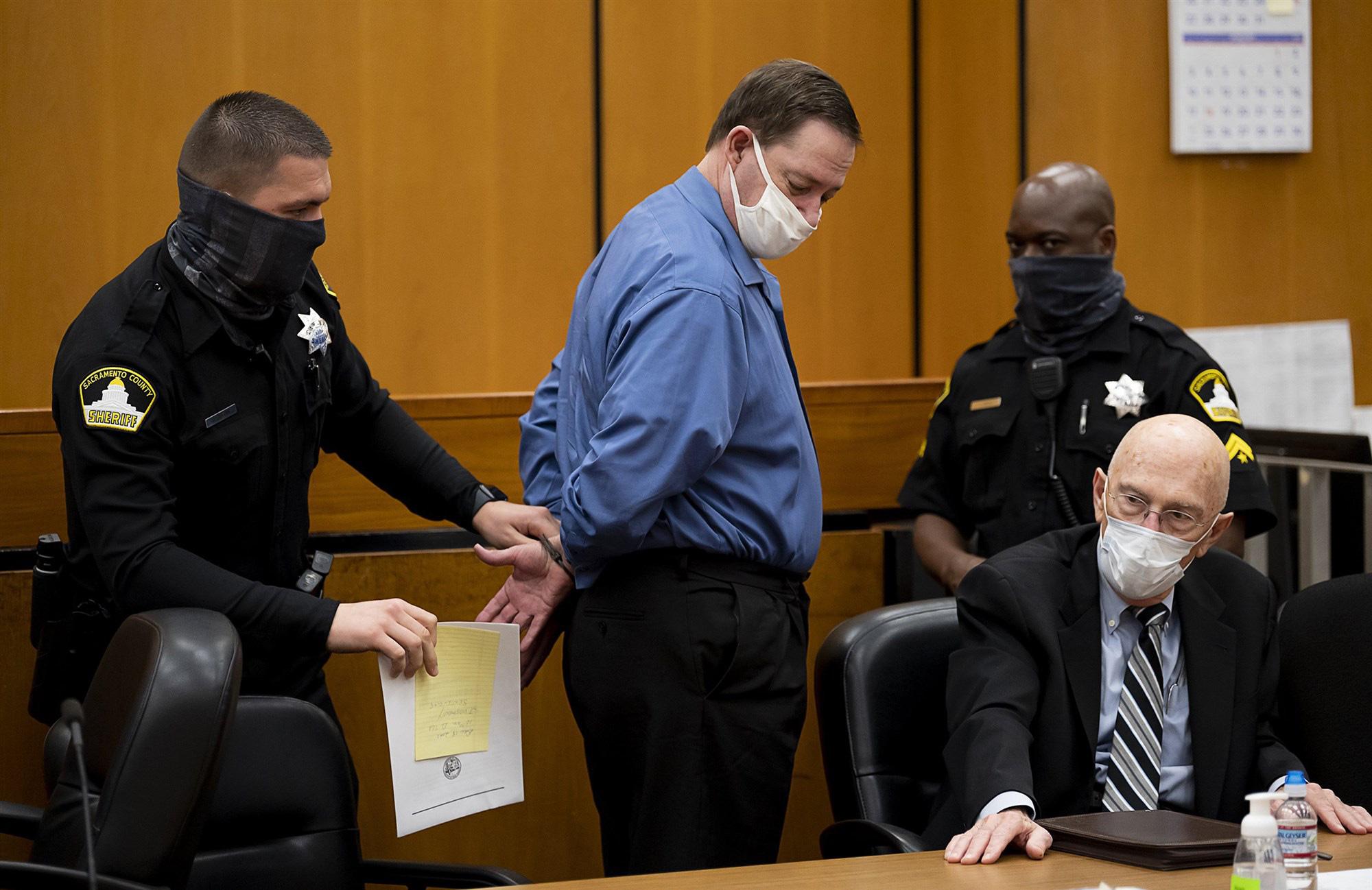 Kẻ cưỡng hiếp hàng loạt ở Mỹ lãnh 897 năm tù - Ảnh 1.