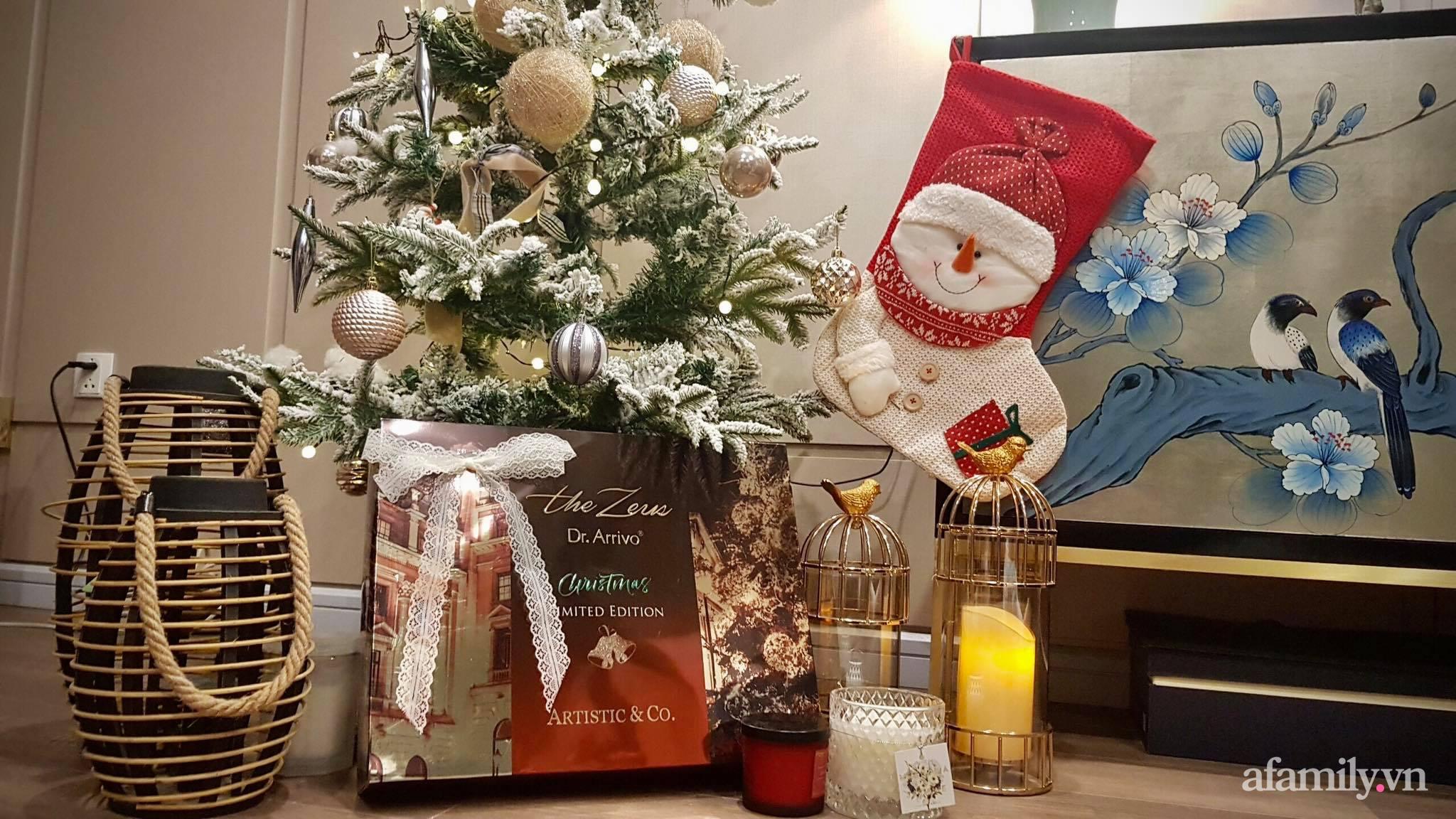 """Căn hộ """"thắp sáng"""" những sắc màu giúp từng góc nhỏ thêm ấm cúng đón Giáng sinh ở Hà Nội - Ảnh 4."""