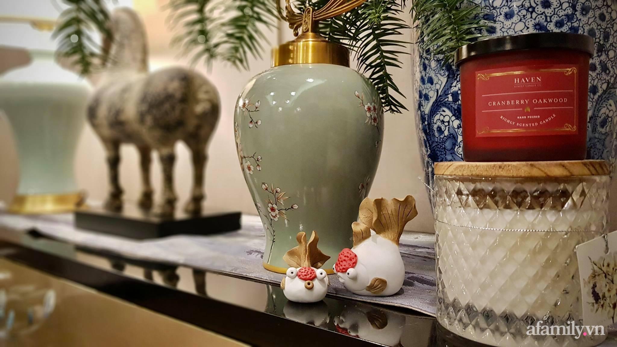 """Căn hộ """"thắp sáng"""" những sắc màu giúp từng góc nhỏ thêm ấm cúng đón Giáng sinh ở Hà Nội - Ảnh 6."""