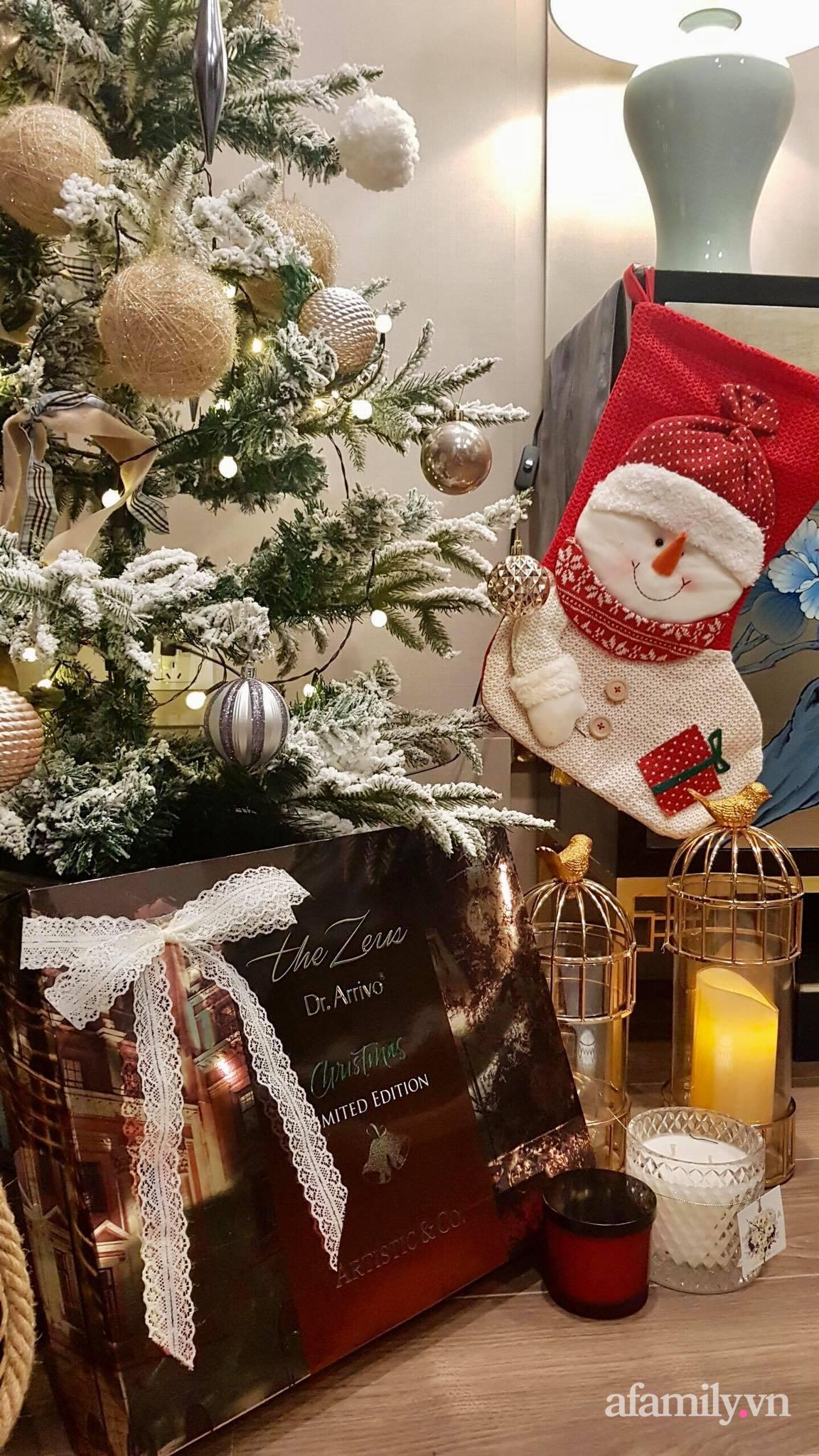 """Căn hộ """"thắp sáng"""" những sắc màu giúp từng góc nhỏ thêm ấm cúng đón Giáng sinh ở Hà Nội - Ảnh 15."""