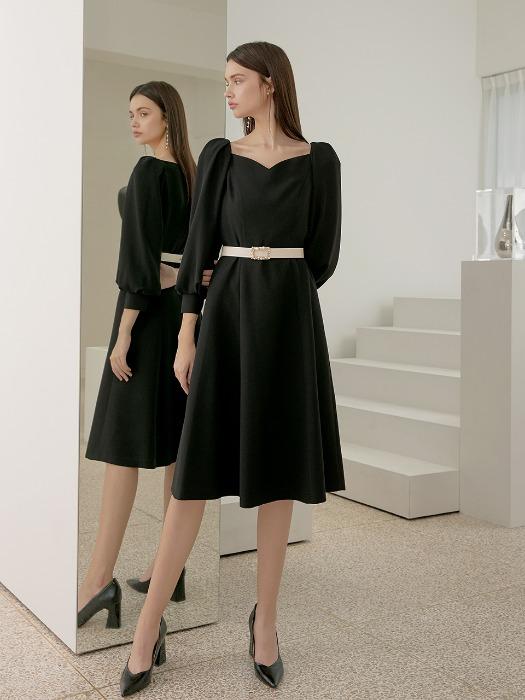 """Váy gốc trông hơi """"dừ"""", stylist của Kim Ji Won chỉ sửa đúng hai chi tiết mà giúp nữ diễn viên trông trẻ trung cao ráo hẳn - Ảnh 3."""