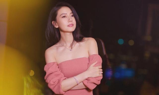 Cao Viên Viên tự chê mình nhạt nhẽo, netizen phản pháo: Chị quá đẹp, còn có chồng là Dạ Hoa - Triệu Hựu Đình - Ảnh 7.