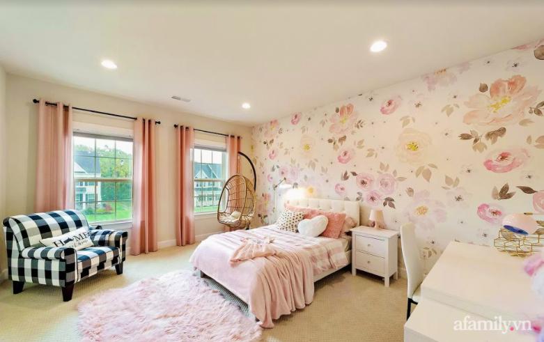 Căn nhà mơ ước với nội thất sang trọng cùng tầm nhìn hướng ra cánh đồng xanh tươi trong lành của mẹ Việt ở Mỹ - Ảnh 25.