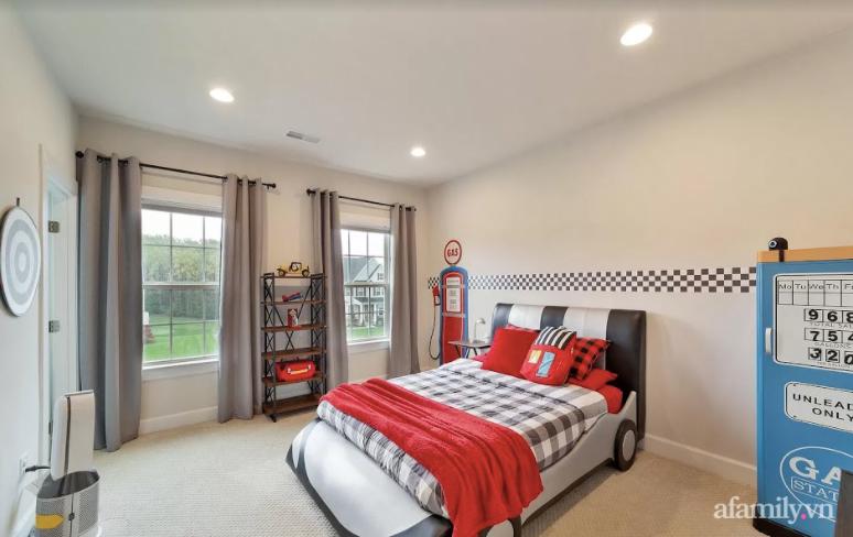 Căn nhà mơ ước với nội thất sang trọng cùng tầm nhìn hướng ra cánh đồng xanh tươi trong lành của mẹ Việt ở Mỹ - Ảnh 27.