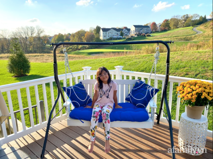 Căn nhà mơ ước với nội thất sang trọng cùng tầm nhìn hướng ra cánh đồng xanh tươi trong lành của mẹ Việt ở Mỹ - Ảnh 8.