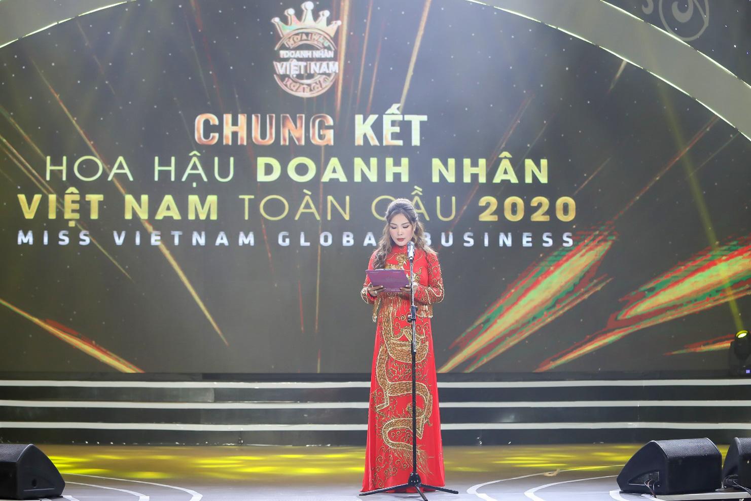 Doanh nhân Vũ Thị Ngọc Anh đăng quang Hoa hậu Doanh nhân Việt Nam Toàn cầu 2020 - Ảnh 3.
