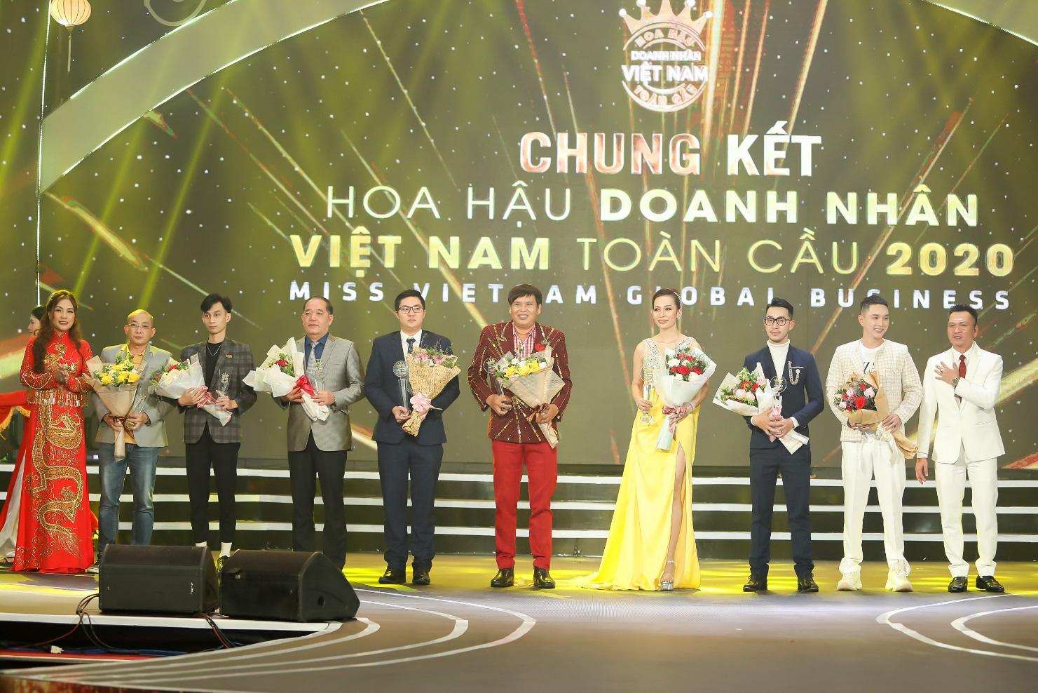 Doanh nhân Vũ Thị Ngọc Anh đăng quang Hoa hậu Doanh nhân Việt Nam Toàn cầu 2020 - Ảnh 4.