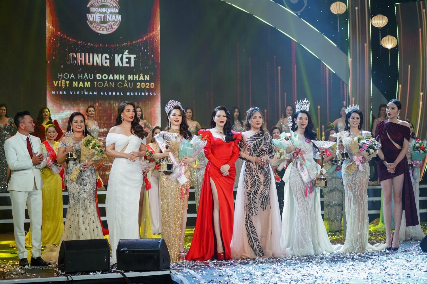 Doanh nhân Vũ Thị Ngọc Anh đăng quang Hoa hậu Doanh nhân Việt Nam Toàn cầu 2020 - Ảnh 6.