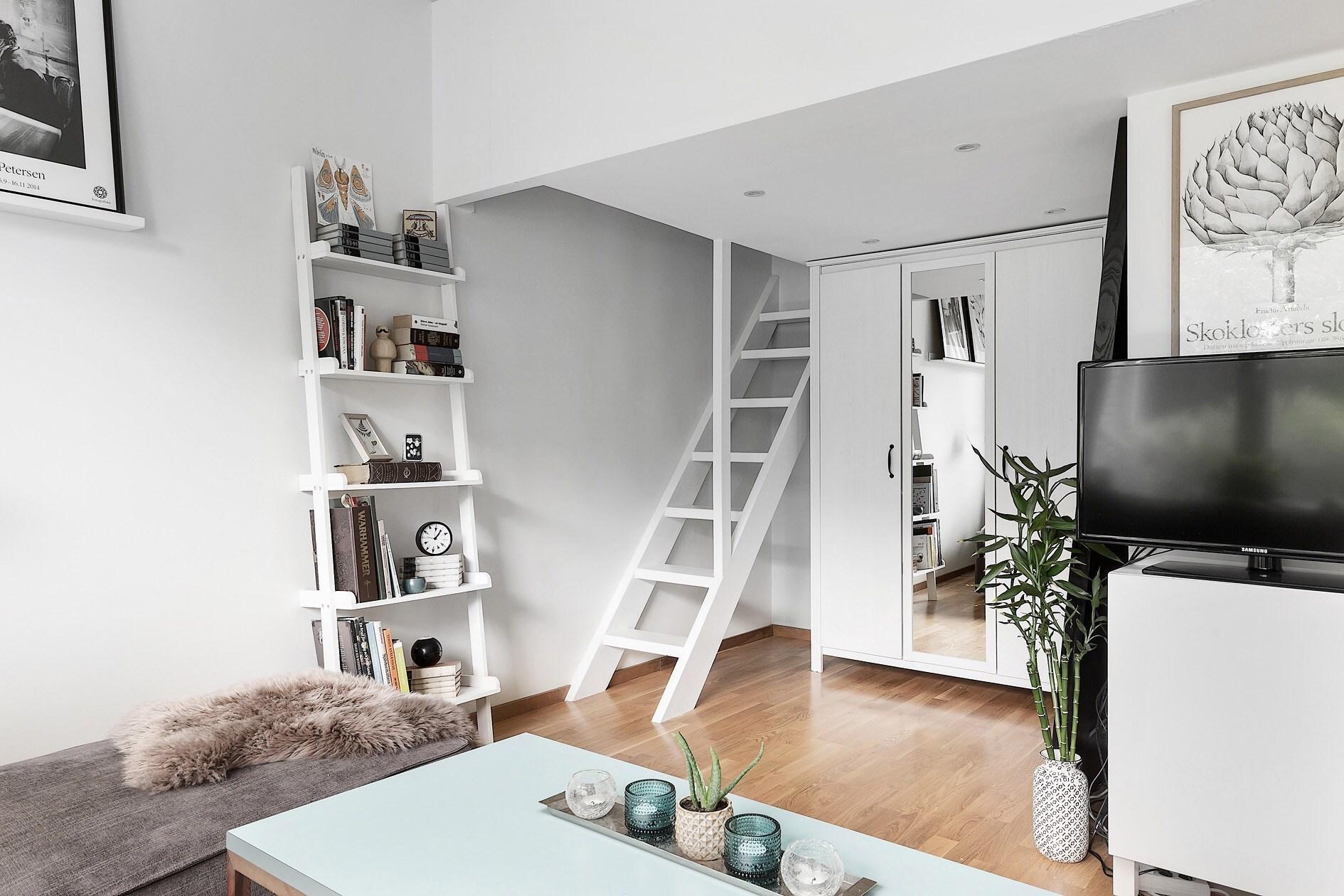 Căn hộ 40m² rộng thênh  thang với đủ các góc chức năng dành cho gia đình trẻ - Ảnh 1.