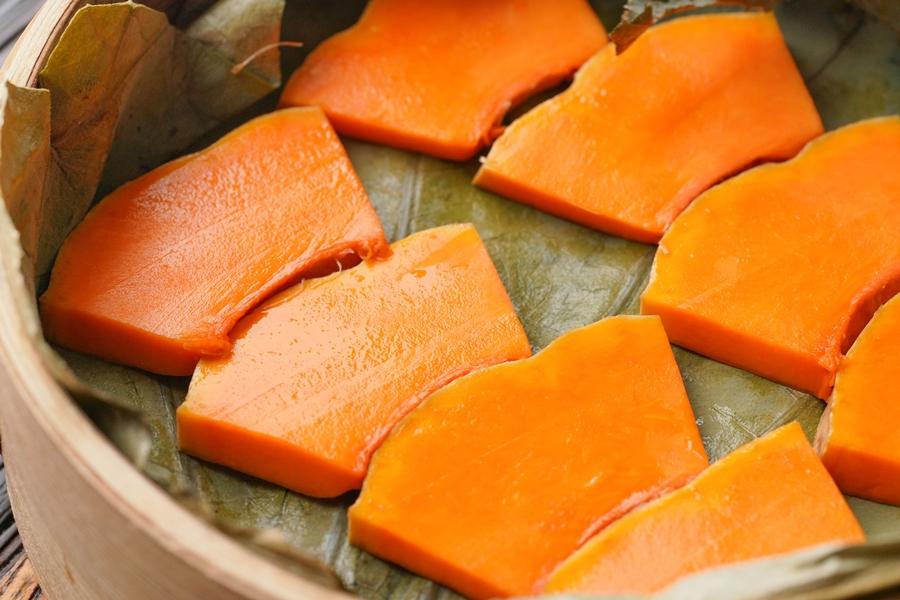 Bữa tối ngày lạnh chỉ cần làm một món thịt hấp kiểu này vừa nóng hổi lại ngon cơm - Ảnh 4.