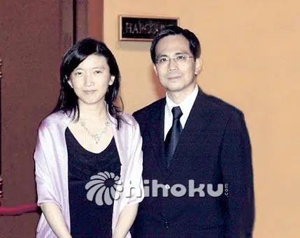 Con dâu may mắn của tỷ phú giàu nhất Hồng Kông: Nàng Lọ Lem đổi đời nhờ 1 bữa tiệc, trở thành thái tử phi của đế chế siêu hùng mạnh - Ảnh 3.