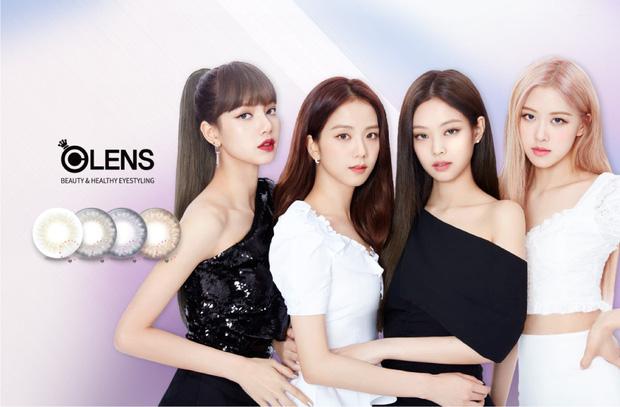 Bỏ quên Rosé trong ảnh quảng cáo, Olens đang cố tình chia rẽ nội bộ BLACKPINK hay đây chỉ là chiêu PR dễ đoán? - Ảnh 1.