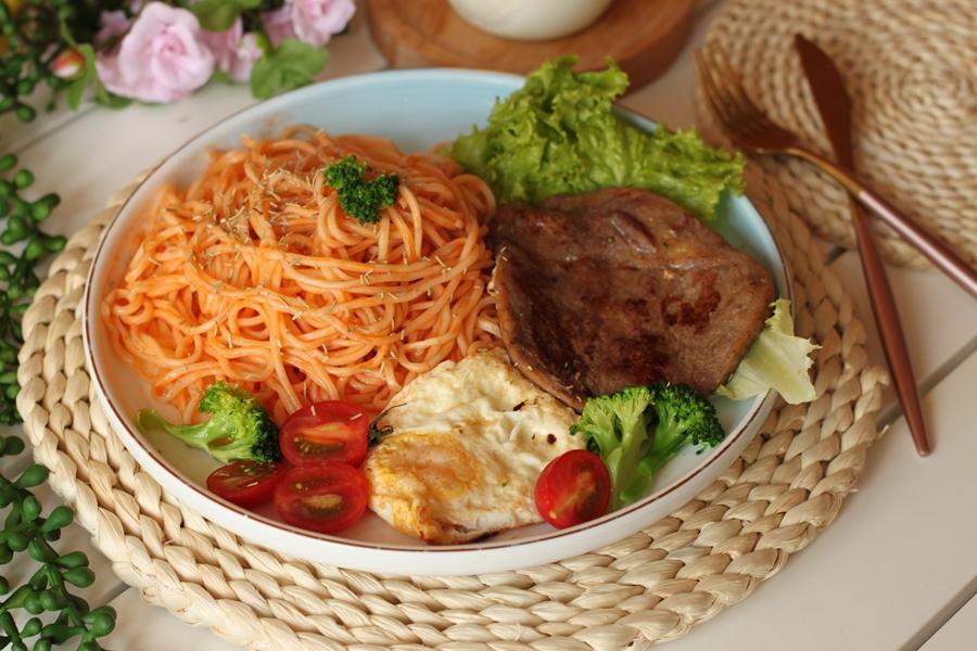 Ăn cơm mãi cũng chán, bữa tối làm mì bò bít tết đảm bảo cả nhà ai cũng nức nở khen ngon! - Ảnh 6.