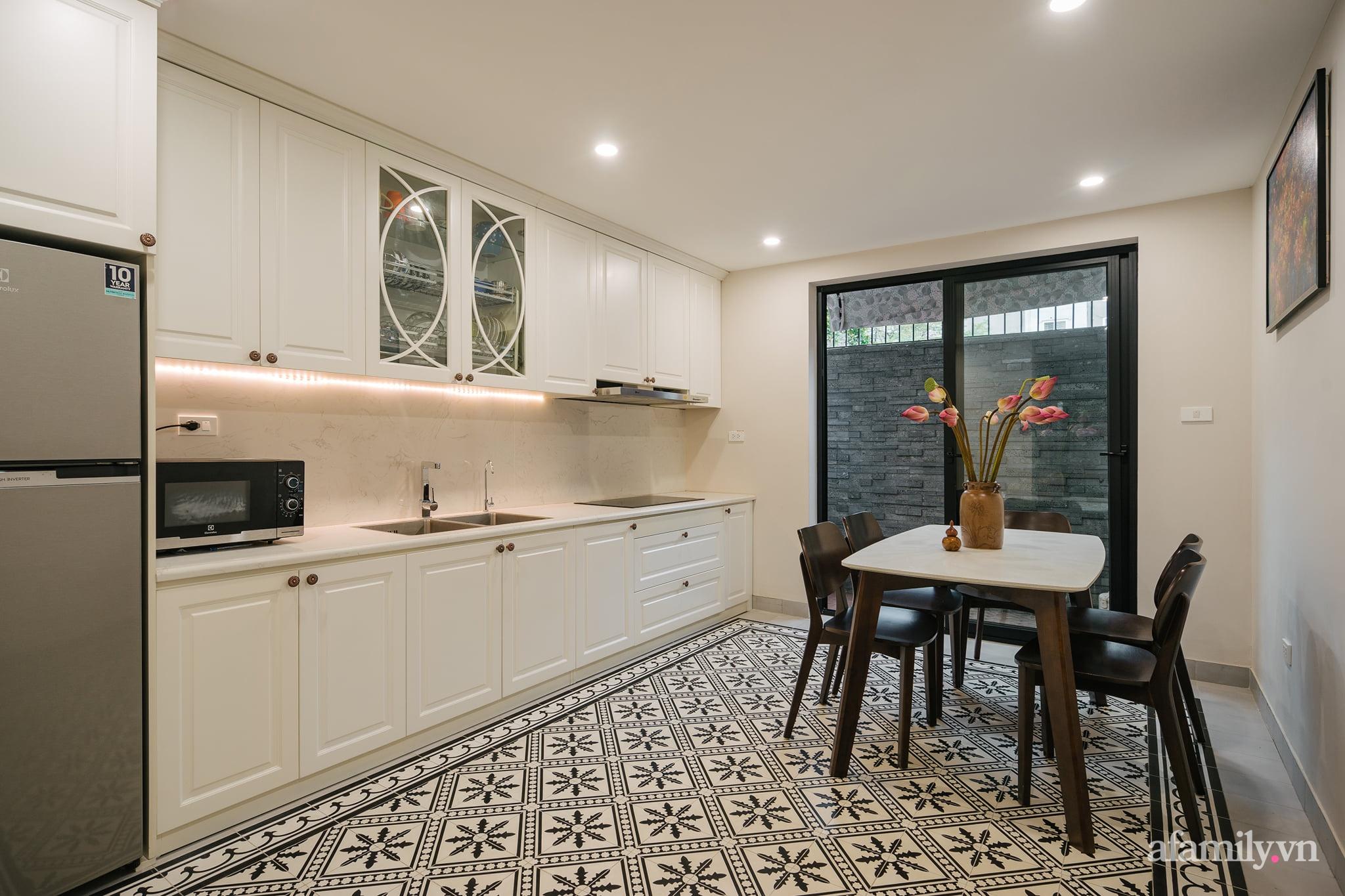 Căn nhà của miền ký ức được xây dựng từ lòng hiếu thảo của con trai dành cho bố mẹ ở Long Biên, Hà Nội - Ảnh 13.
