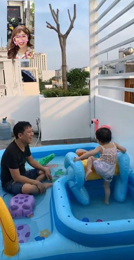 Nhã Phương tiết lộ khoảnh khắc Trường Giang chơi đùa với con gái cực đáng yêu - Ảnh 3.