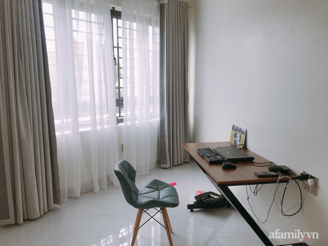 Từ lô đất méo mó vát góc, KTS thiết kế căn nhà đẹp mỹ mãn dành cho vợ chồng trẻ ở TP. Hải Dương có chi phí nội thất 150 triệu đồng - Ảnh 10.