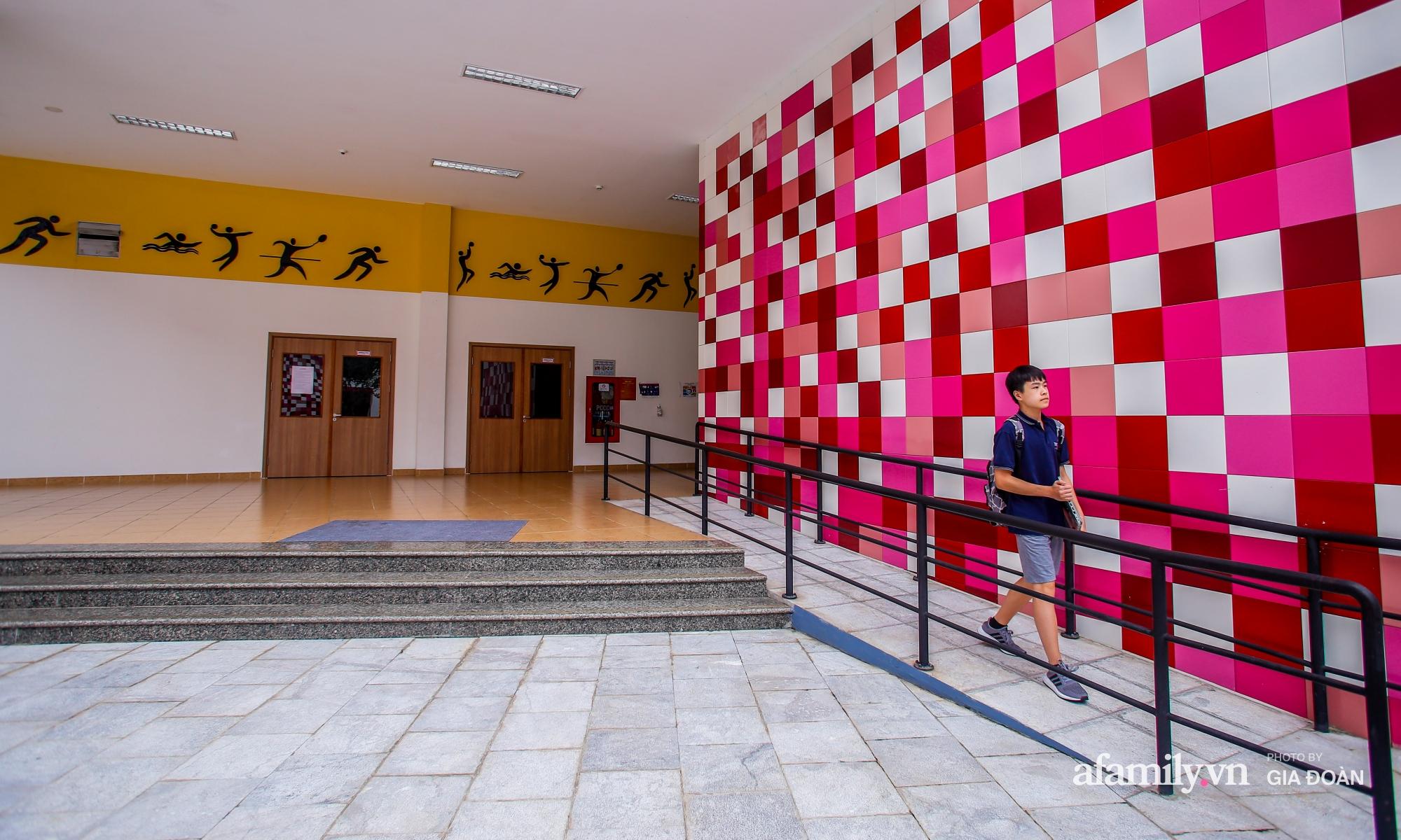 """""""Đột nhập"""" trường nội trú chuẩn quốc tế ở Hà Nội: Học phí nửa tỷ đồng/năm, con đi học một thời gian mà thay đổi 180 độ - Ảnh 5."""