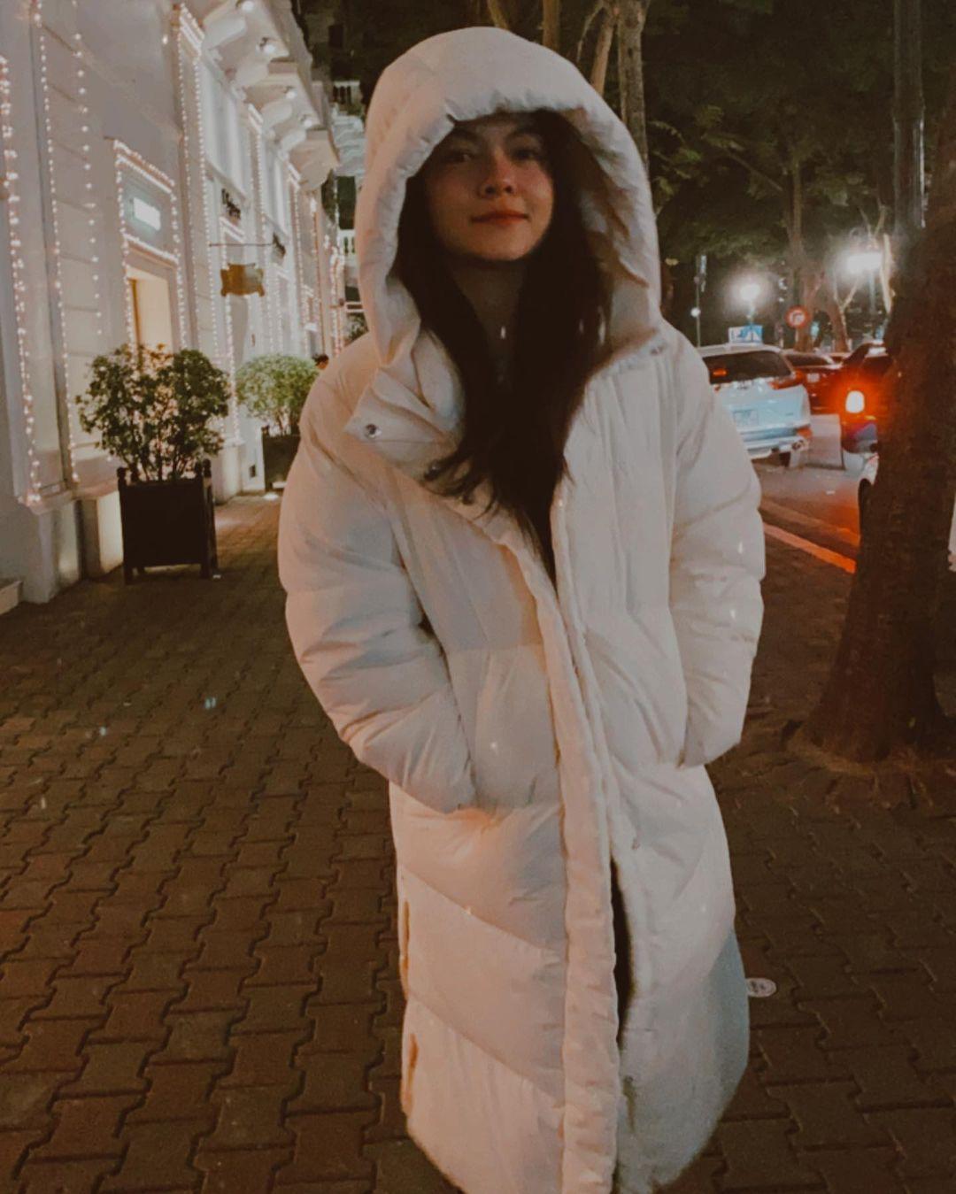 Mix & Phối - 5 mẫu áo khoác sao Việt hay diện nhất mùa lạnh: Vừa ấm áp lại 'hack tuổi' hiệu quả - chanvaydep.net 8
