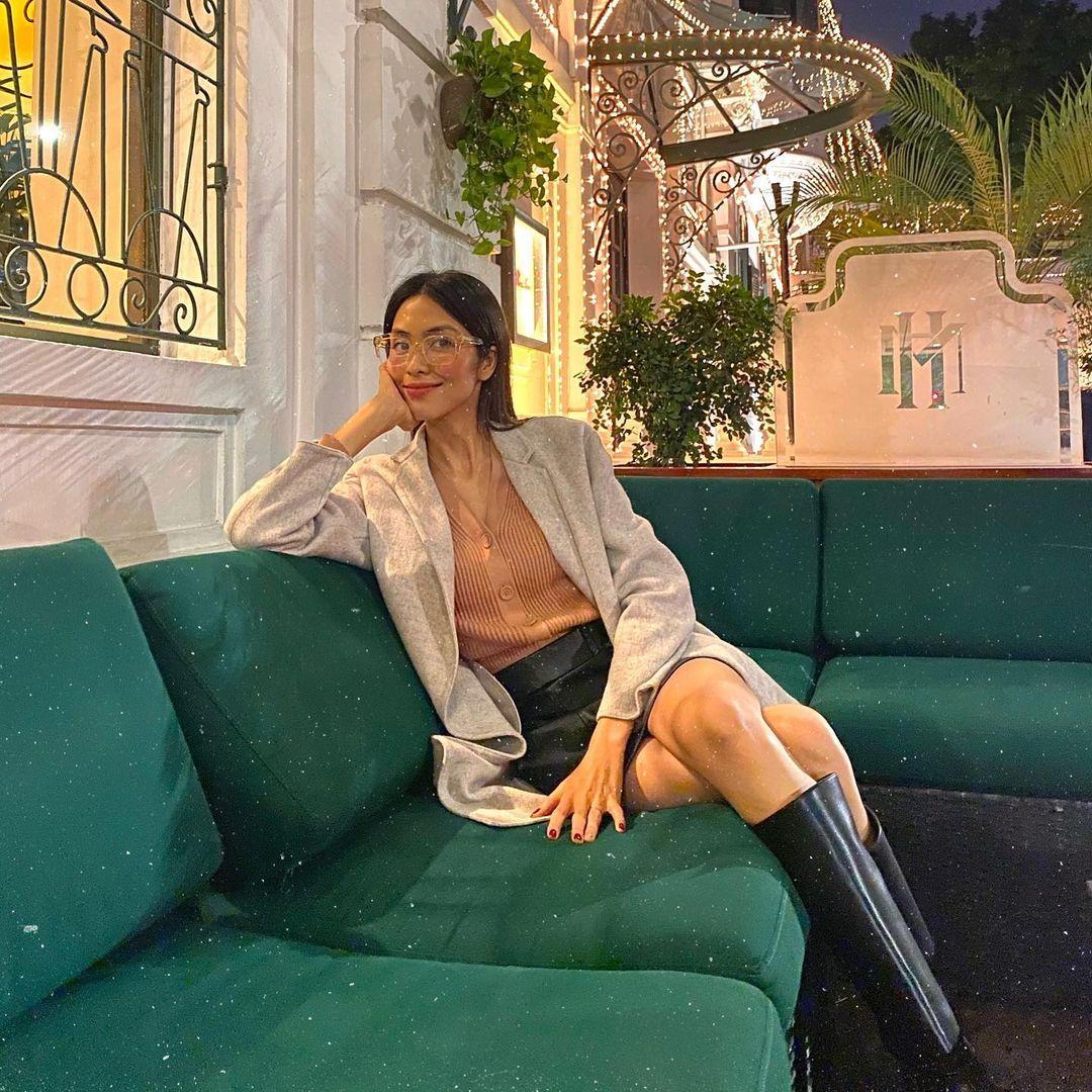 Mix & Phối - 5 mẫu áo khoác sao Việt hay diện nhất mùa lạnh: Vừa ấm áp lại 'hack tuổi' hiệu quả - chanvaydep.net 4