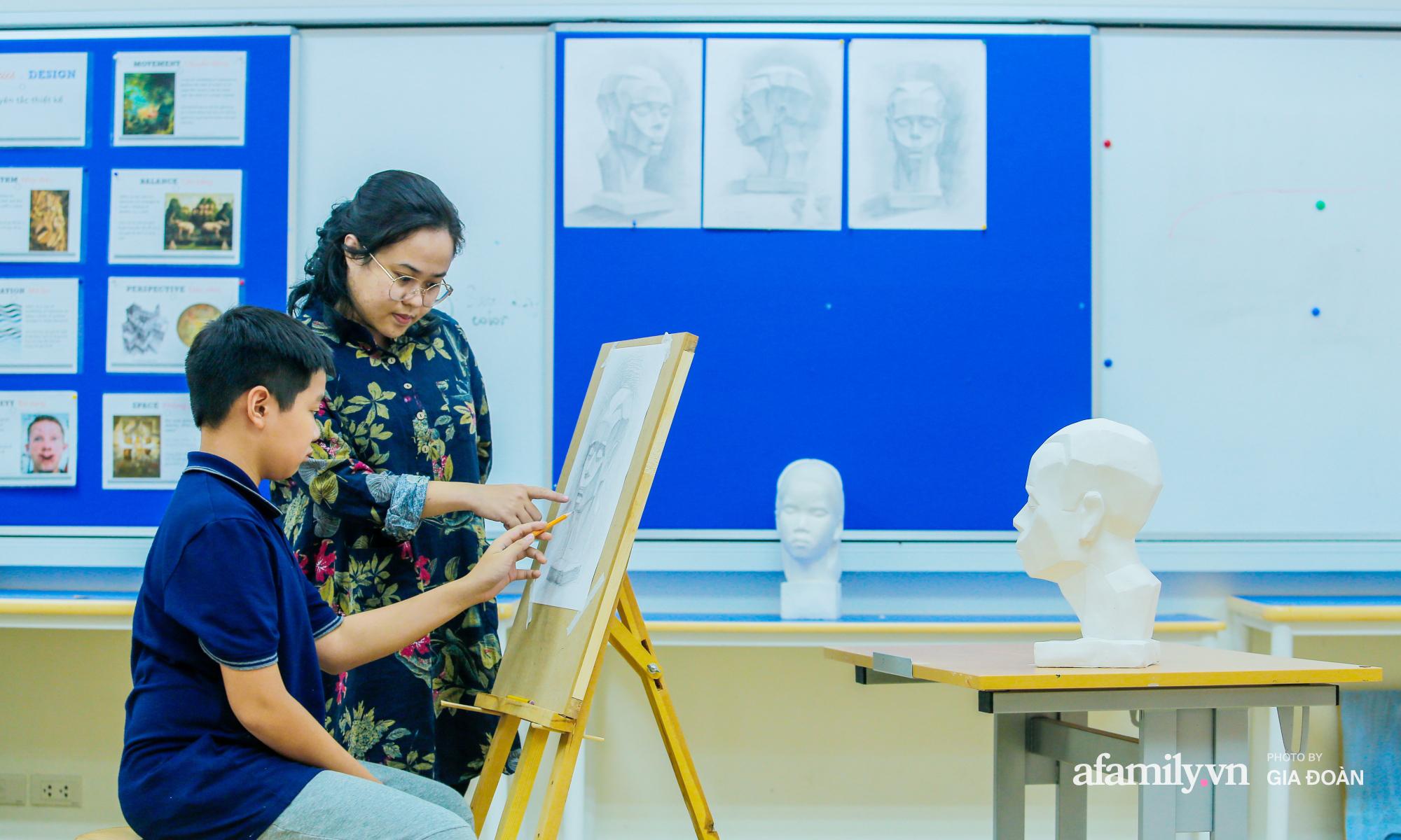 """""""Đột nhập"""" trường nội trú chuẩn quốc tế ở Hà Nội: Học phí nửa tỷ đồng/năm, con đi học một thời gian mà thay đổi 180 độ - Ảnh 8."""