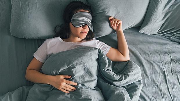 Mỗi ngày có một khung giờ dễ gây đột quỵ nhất, người Việt rất nên bỏ gấp 3 thói quen này để bảo vệ cơ thể - Ảnh 1.