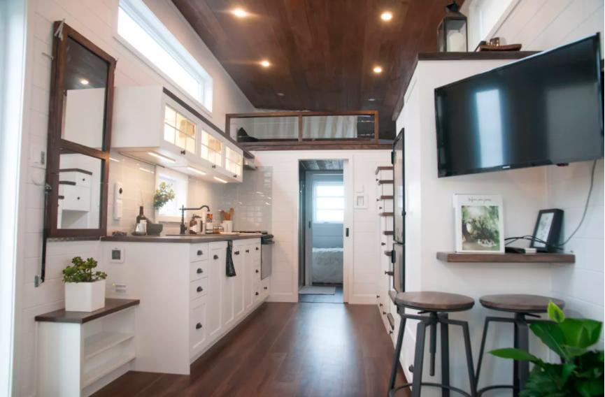Những căn nhà siêu nhỏ vẫn đẹp hiện đại nhờ bố trí nội thất thông minh ai cũng muốn sở hữu - Ảnh 1.