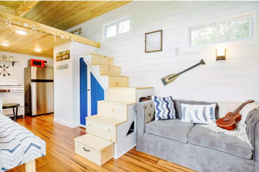 Những căn nhà siêu nhỏ vẫn đẹp hiện đại nhờ bố trí nội thất thông minh ai cũng muốn sở hữu - Ảnh 6.