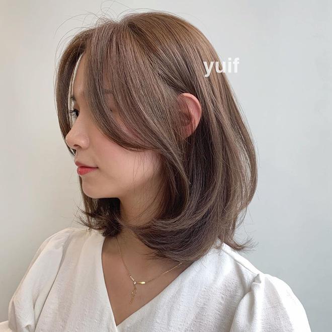 """Đi vào """"vết xe đổ"""" của Tzuyu (Twice), Phanh Lee vừa thử đổi tóc mới đã bị dân tình chê tơi tả - Ảnh 6."""