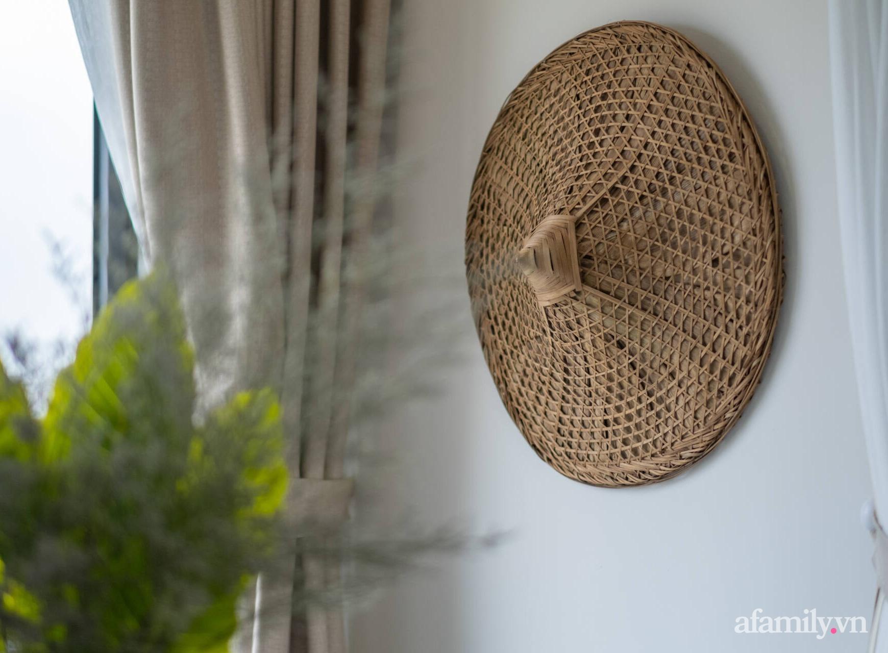 Căn hộ 3 phòng ngủ đẹp tinh tế với phong cách Indochine ở Vinhomes Ocean Park, Hà Nội - Ảnh 13.
