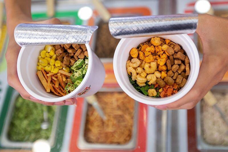 Acecook ra mắt nhà hàng buffet mỳ ly đầu tiên tại Việt Nam, giá chỉ 10.000 đồng/suất - Ảnh 4.