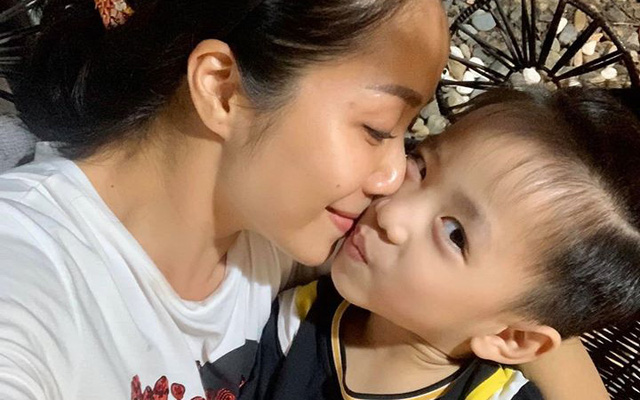 Con trai Ốc Thanh Vân: Một cậu nhóc đặc biệt với mái tóc dài mượt, từng đòi cưới mẹ nhưng trên hết là cách được mẹ dạy quá tuyệt vời - Ảnh 2.