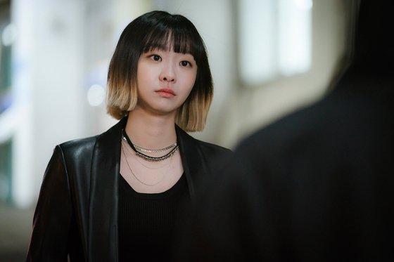 """Son Ye Jin - Kim Hee Ae - Kim Soo Hyun bất ngờ bị cái tên này """"vượt mặt"""" về độ nổi tiếng bất chấp sở hữu phim có rating cao ngất - Ảnh 6."""